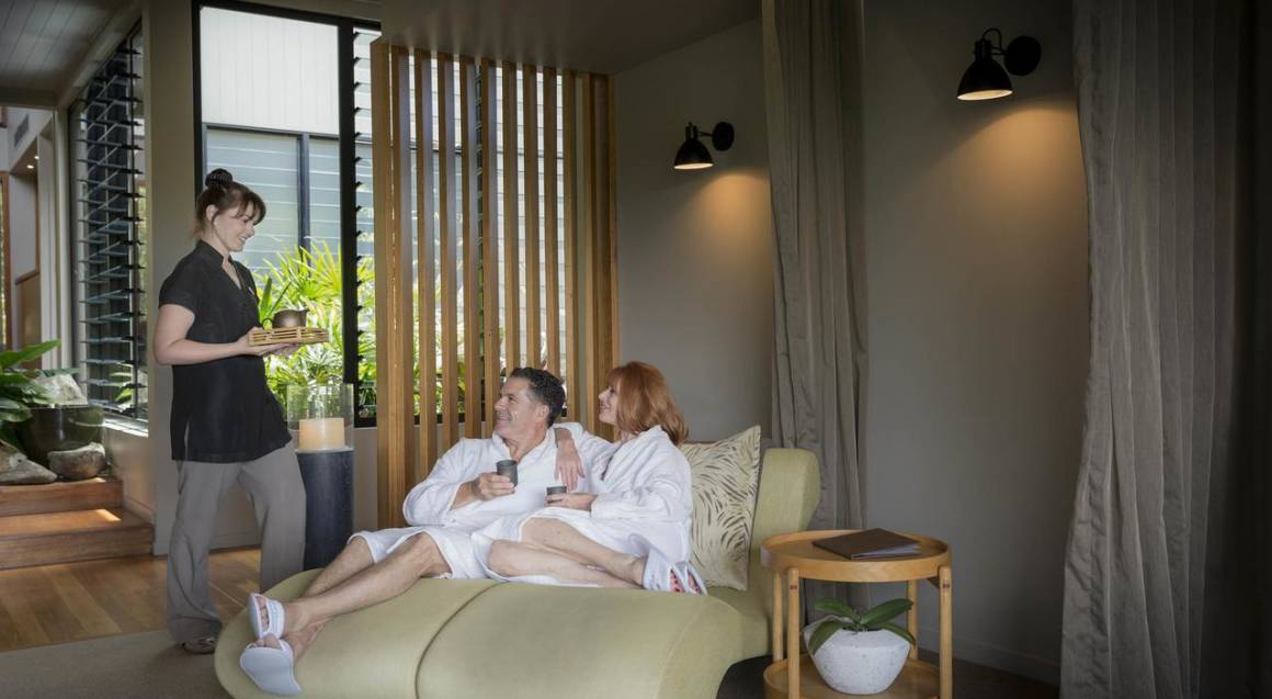 Couples Day Spa Package with Massages and More - 2 Hours