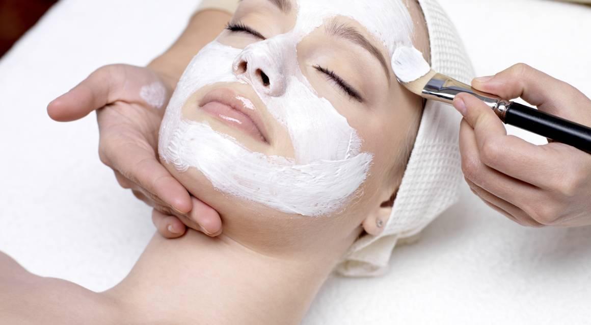 facial mask spa