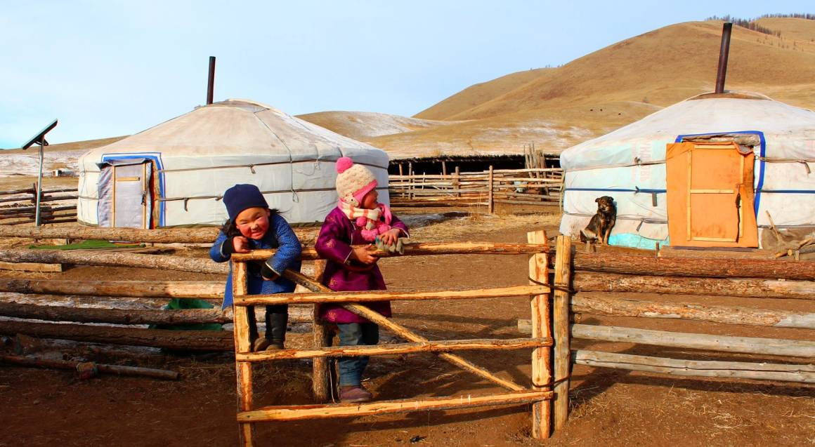 Tour Mongolia and Live with a Nomadic Family - 4 Days