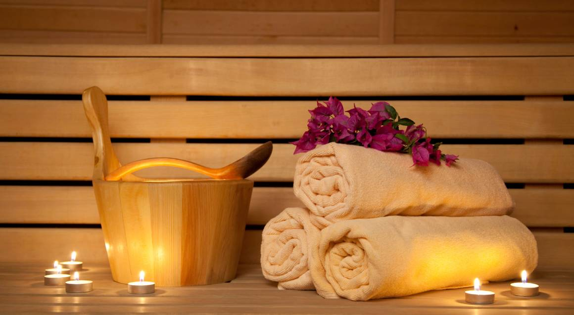 Detoxing Infrared Sauna and Salt Therapy Package - 2 for 1