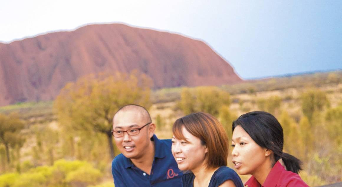 Uluru Sunset Viewing with Sparkling Wine