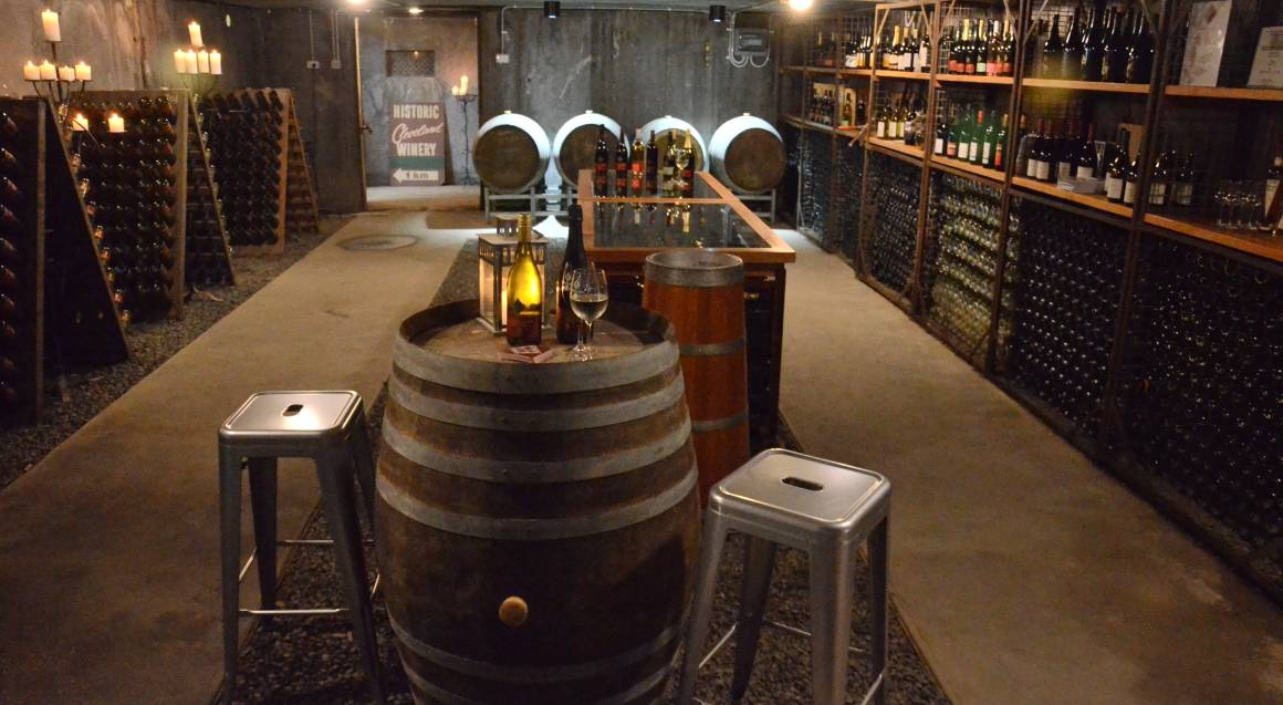 Overnight Winery Escape with Dinner and Breakfast - For 2