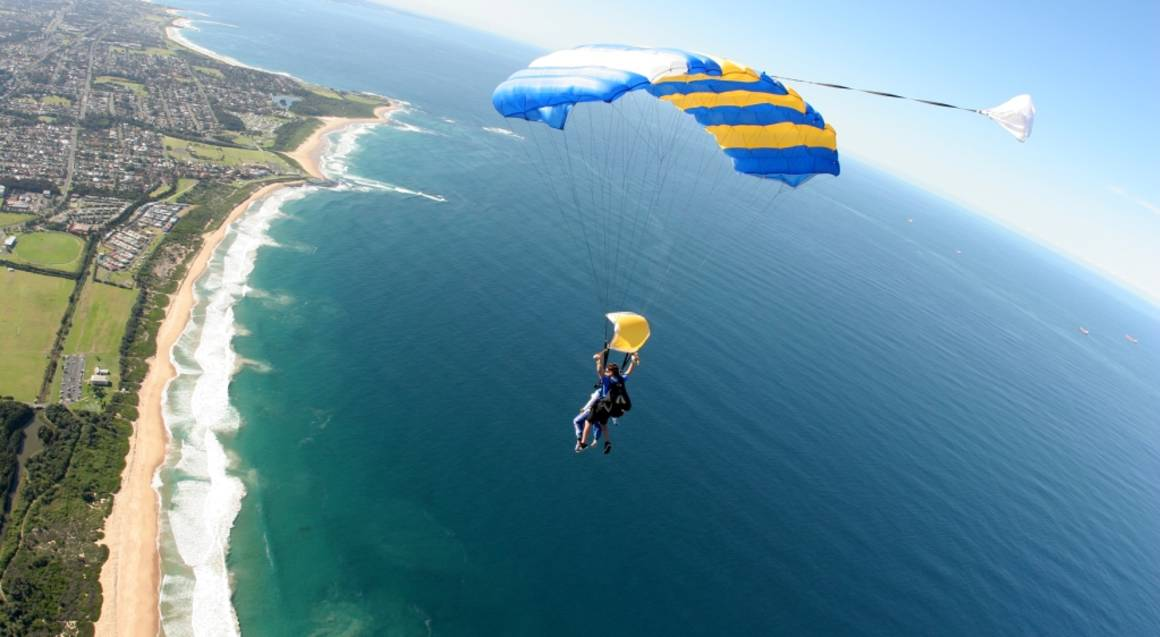 Skydive Over The Beach - 15,000ft - Weekend - Wollongong