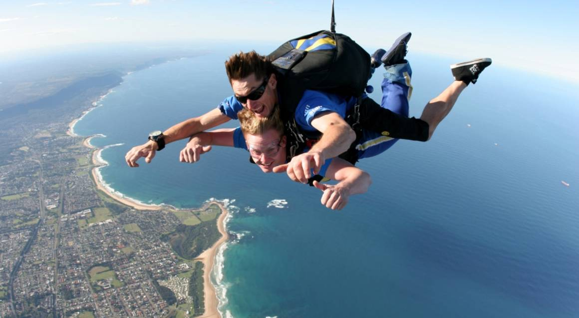 Skydive Over The Beach - 15,000ft - Weekday - Wollongong