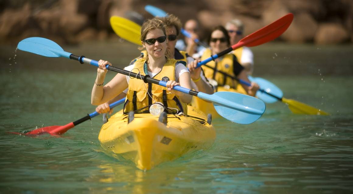 Guided Kayak in Freycinet National Park - 3 Hours