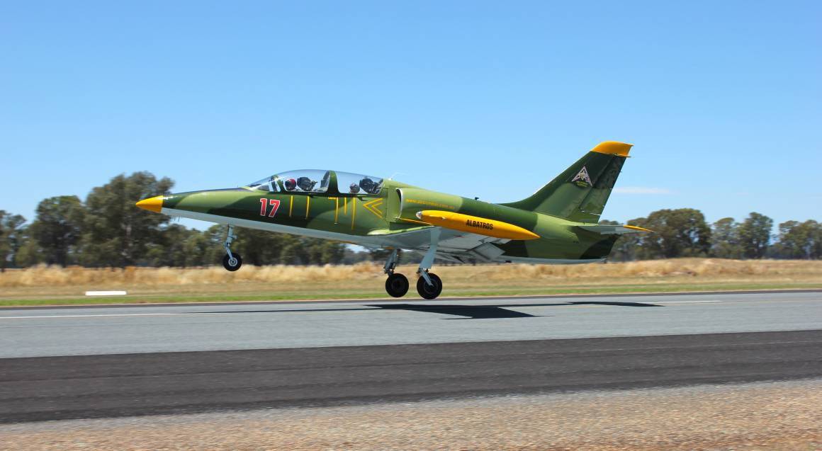 Jet Fighter Close Air Support Mission - Sydney - 20 Minutes