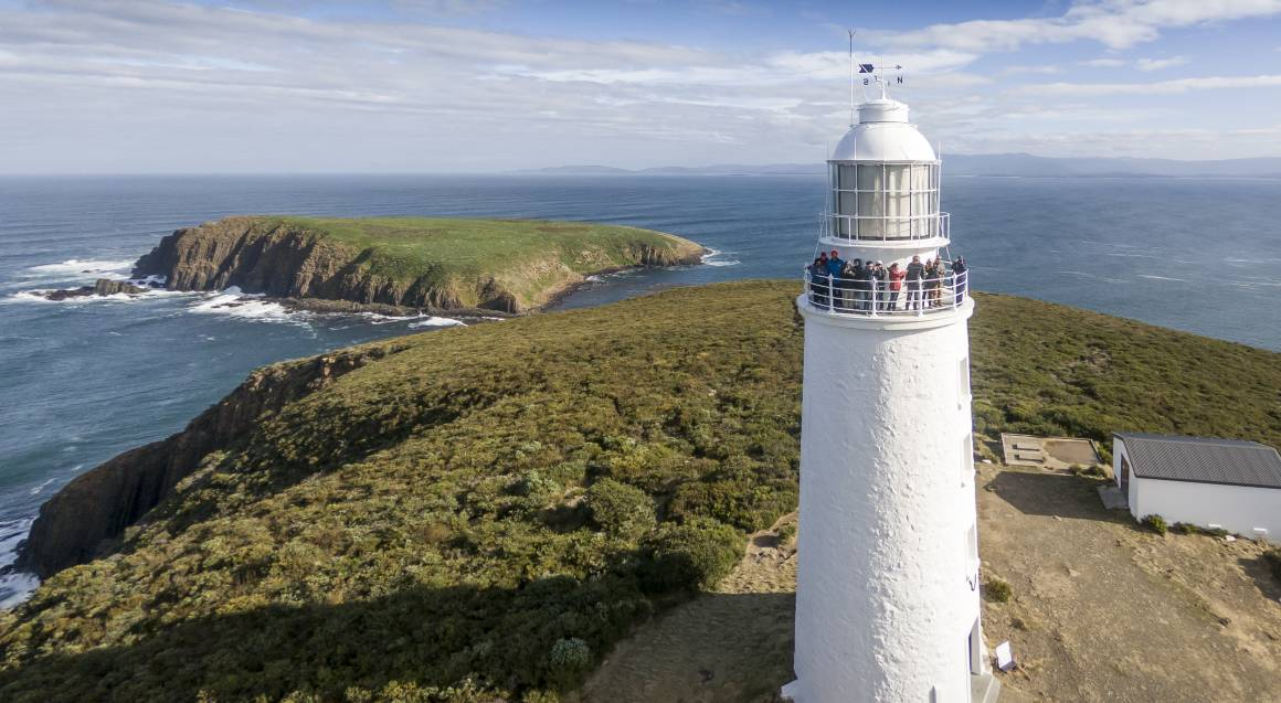 Bruny Island Food, Sightseeing and Lighthouse Tour and Lunch