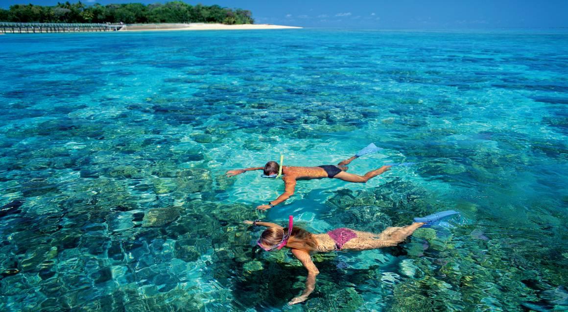 Reef Combo - Scenic Flight, Catamaran Trip and Island Visit