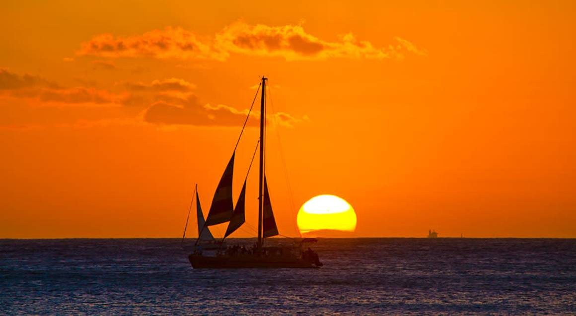 Cairns Evening Sunset Cruise - 90 Minutes - Family