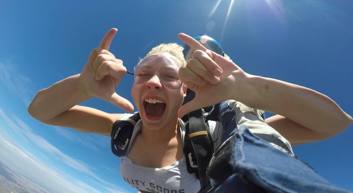 Tandem Skydive 15,000ft - Goulburn