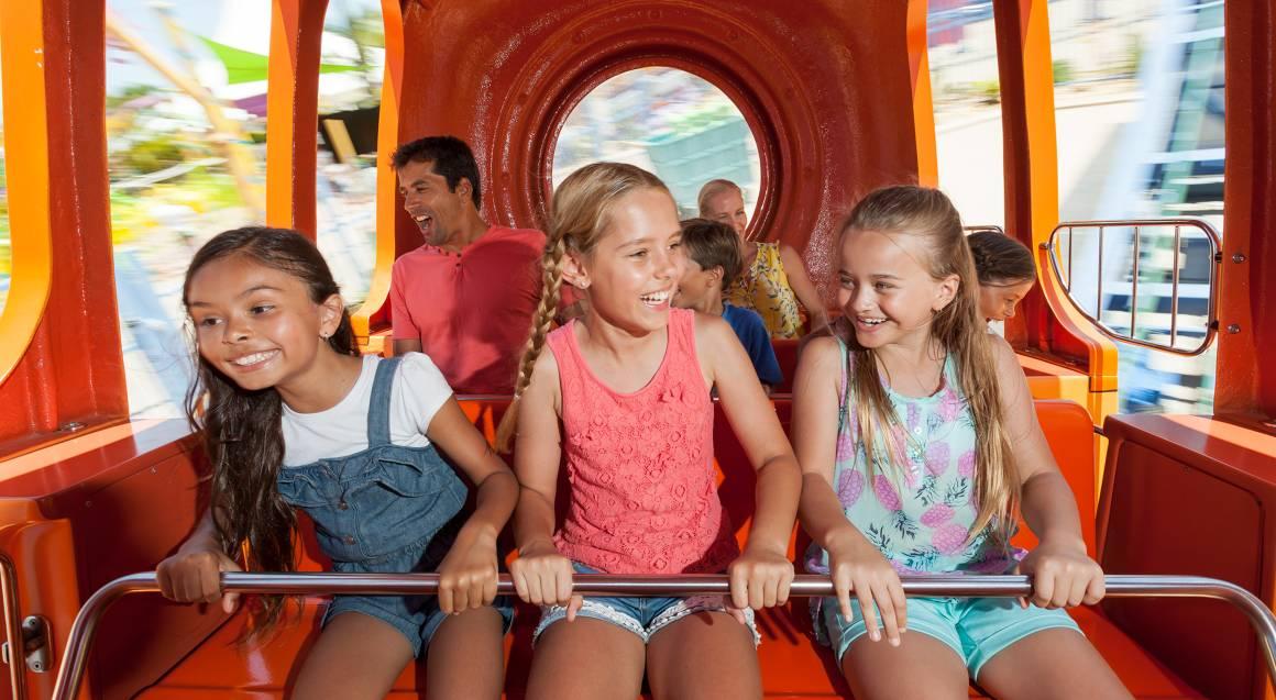 children on spongebob ride sea world