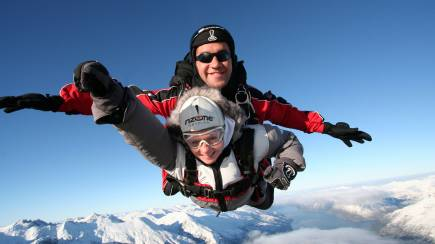 RedBalloon Tandem Skydive Over Queenstown - 12,000ft