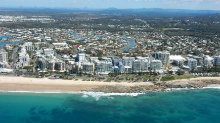 RedBalloon Scenic Helicopter Flight over the Sunshine Coast- 18 Minutes