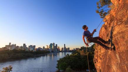 RedBalloon Sunset Abseiling at the Kangaroo Point Cliffs - 2 Hours