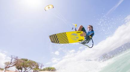 RedBalloon Kiteboarding Lesson - 2 Hours - Sunshine Coast