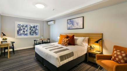 RedBalloon Two Night CBD Stay with Bottle of Wine and Cheese Platter