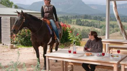 RedBalloon Horse Riding and Cellar Door Tour - Weekends