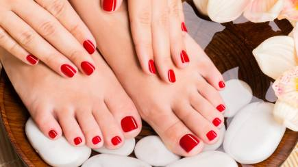 RedBalloon Pedicure - 60 Minutes