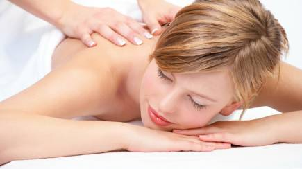 RedBalloon Pure Indulgence Back and Scalp Massage with Facial - 60 Mins