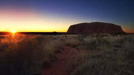 RedBalloon Sunset Uluru Cultural Tour with Wine and Snacks