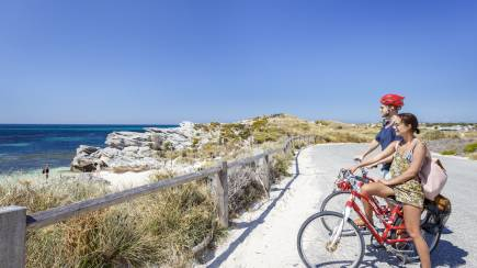RedBalloon Ferry Ride, Bike and Snorkel Hire - Perth