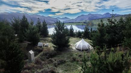 RedBalloon Couples Luxury Overnight Glamping by Lake Wanaka - For 2
