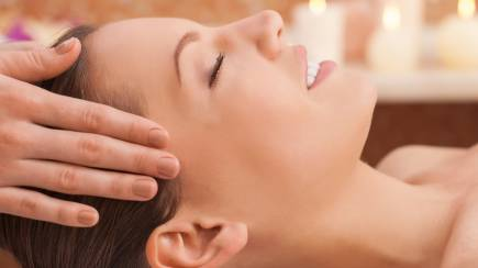 RedBalloon Massage, Facial and Eye Treatment - 90 Minutes