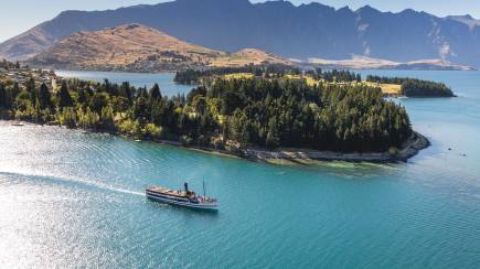 RedBalloon Wine Tour and Lake Wakatipu Cruise on the TSS Earnslaw