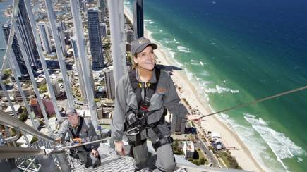 RedBalloon Climb and Dine at SkyPoint Surfers Paradise