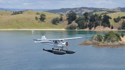 RedBalloon Seaplane Flight Over Rangitoto with 1 Front Seat - For 2