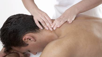 RedBalloon Organic Relax Massage - 60 Minutes - For Men