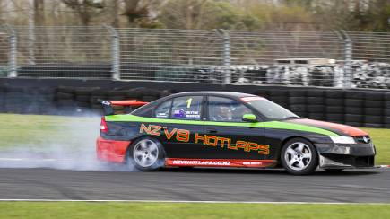 RedBalloon Holden V8 Hot Laps - 2 Laps - Auckland