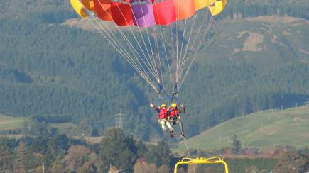 RedBalloon Parasailing Tandem Flight - For 2