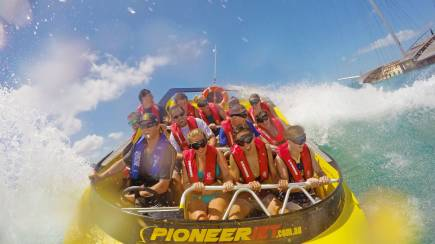RedBalloon Jet Boat Ride Airlie Beach - 30 Minutes