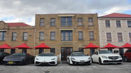 RedBalloon Hobart Lamborghini and Audi R8 Drive Day with Lunch - For 2
