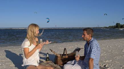RedBalloon Sunset Picnic on the Beach with Luxury Car Transfer - For 2