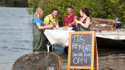 RedBalloon Tweed River Pot to Plate Cruise with Seafood Lunch