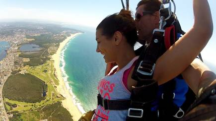 RedBalloon Skydive Over The Beach - 15,000ft - Weekend