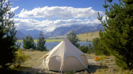 RedBalloon Overnight Glamping by Lake Wanaka - For 4
