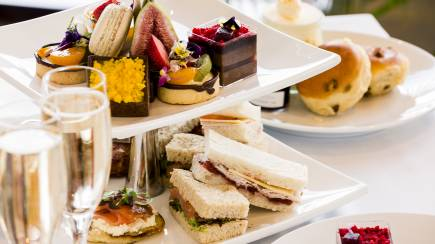 RedBalloon Sparkling High Tea By The Sea - For 2
