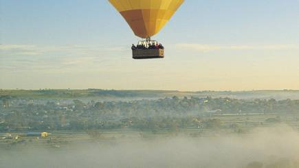 RedBalloon Hot Air Ballooning Over The Avon Valley - Weekends