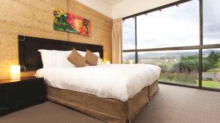 RedBalloon Luxury Yarra Valley Stay with Breakfast and Dinner - Weekday