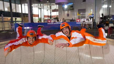 RedBalloon Family and Friends Indoor Skydive 10 Flight Package- Weekend