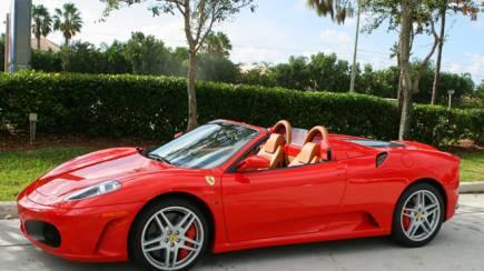 RedBalloon Ferrari Driving Experience   30 Minutes