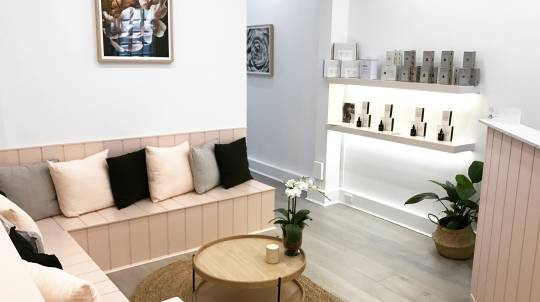 Pregnancy Massage and Facial Pamper Package - 2 Hours