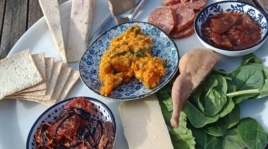 2 Day Food and Wine Tour with Accomodation and Meals - For 2