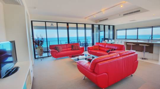 3 Seaside Getaway in a Skyhome Apartment - For 6