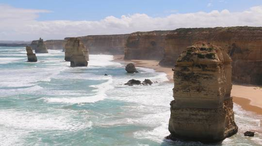 12 Apostles Scenic Flight - 90 Minutes - For up to 4