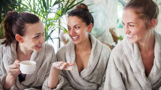 60min Hot Oil Massage OR 60min Facial - Group Spa Day