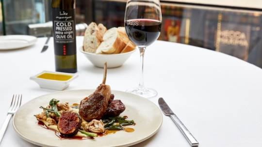 3 Course Meal at Hilton Glass Brasserie with Gift - For 2